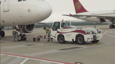 China Reliable Airport Tow Tractor Four Wheel Steering , Ground Service Equipment factory