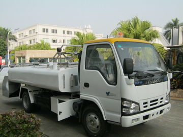 Aerodrome White Potable Water Truck JMC Chassis For B727 / B737 / B747
